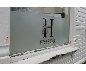 Vindusdekor hos Salong Heidi, Skudeneshavn