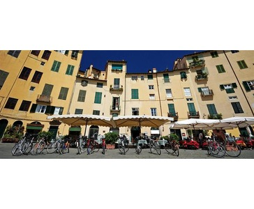 Weekend i Lucca - Hotell 3 netter (FRE - MAN)