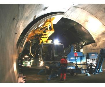 Elementmontasje i vegtunnel (OPS E-18)